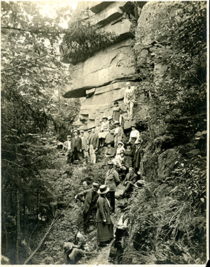 Cadillac Cliffs ca. 1920